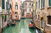 канал в венеции — Стоковое фото