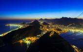 Night view of Copacabana beach and Botafogo in Rio de Janeiro — Stock Photo