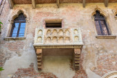 The Famous Balcony of Juliet Capulet Home in Verona — Stock Photo