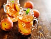 Peach tea — Stock Photo