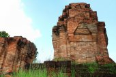 16th century Nong Hong laterite castle in Buriram province at Th — Stock Photo
