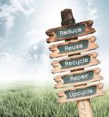 Wooden sign with Reduce, Reuse, Recycle, Repair and Upcycle word — Stock Photo