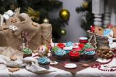 Christmas various gingerbread cookies, cakes, cupcakes. Confection — Stock Photo