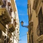 Ortigia Alley, Syracuse, Sicily, Italy — Stock Photo #72476669