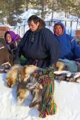 The Nenets sells products of national trade — Stock Photo
