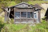 Old, ruined wooden house — Foto de Stock