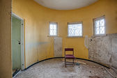 Circular room in an abandoned house — 图库照片