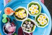 Fried quail eggs — Stock Photo