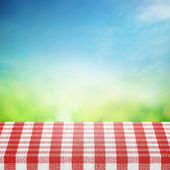 Spring sky with table for picnic — Foto Stock