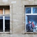 AVIGNON, FRANCE - JULY 1, 2014: Windows in an old mansion in Avi — Stock Photo #52522041