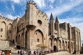 Avignon, frankrijk - 1 juli 2014: paus paleis in avignon welke beca — Stockfoto