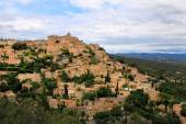 Medieval hilltop town of Gordes. Provence. France. — Stock Photo
