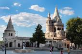 BUDAPEST - JUNE 27: View to Fisherman's Bastion, the terrace in  — Stock Photo