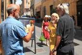 Aix-en-Provence, FRANCE - JULY 1, 2014. Happy middle-aged peopl — Foto Stock