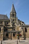 Francia, la pintoresca ciudad de poissy — Foto de Stock