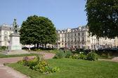 Francia, la pintoresca ciudad de versalles — Foto de Stock