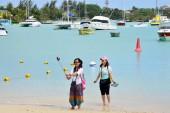 Picturesque city of Grand Bay in Mauritius Republic  — Stock Photo