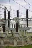 高電圧変電所変圧器駅電気ストローム — ストック写真