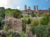 Natural surroundings and town towers horizontal at San Gimignano — Stock Photo