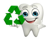 Teeth character with recycle icon — Stok fotoğraf