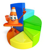 Construction Cone Character with circular graph — Zdjęcie stockowe