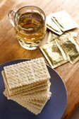 Soda Crackers and a cup of tea — ストック写真