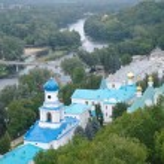 View on Sviatogorsky Assumption Laura. Sviatogorsk, Ukraine — Stock Photo #64359315