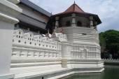 歯、キャンディ、スリランカの寺院 — ストック写真