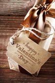 Valentines message with a present box — Stock Photo