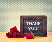 Thank you message with red roses — Stock Photo