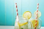 Lemoniady w słoiki — Zdjęcie stockowe