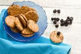 Breakfast cookies with wild blackberries — Stock Photo