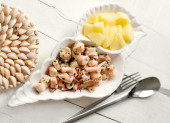 Steamed octopus with potatoes recipe — Stock Photo