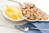 Fish recipe with boiled octopus and steamed potatoes — Stock Photo