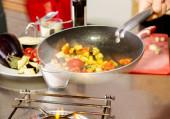Saute vegetables cooking inside pan — Stockfoto