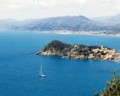 Ligurian seascape in a sunny day — Stock Photo
