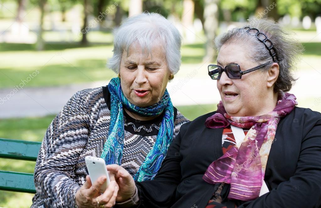 пожилые дамы скачать