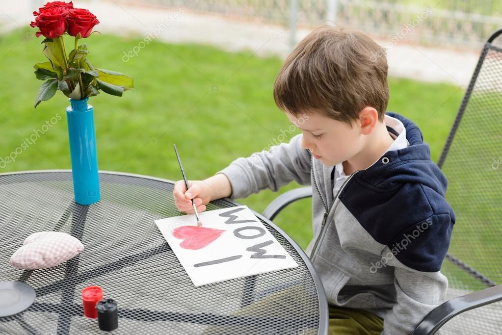 Краски мальчик с открытке 129