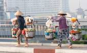 Street vendors over bridge — Stock Photo