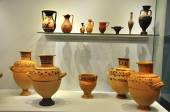 Ceramic objects from Herakleion Archaeological Museum — Foto Stock