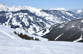 High mountain slope with fresh snow in the Alps — Stock Photo