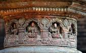 Carved stone figures on a public Hindu temple — Stock Photo