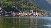 Hallstatt on the shores of the Hallstatter See — Stock Photo