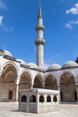 Minaret and fountain of Suleymaniye Mosque — Stock Photo
