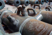 Old cannons in Moscow Kremlin. UNESCO World Heritage Site. — Photo