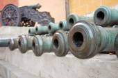 Old cannons in Moscow Kremlin. UNESCO Heritage Site. — Stock Photo