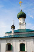 Old Russian orthodox church building. — Stock Photo