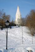 Ascention church in Kolomenskoye park. — Stock Photo