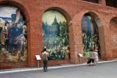 Målningar på väggarna. kreml i kolomna, ryssland. — Stockfoto
