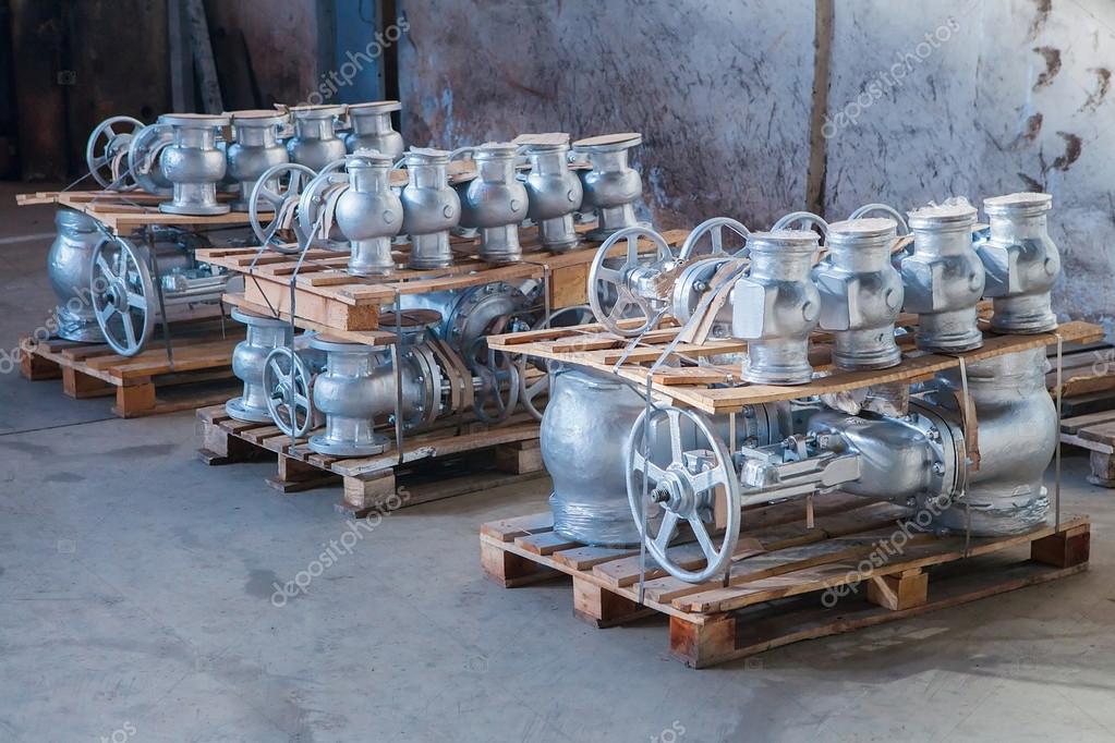 Armaturen industrie  Industrie-Armaturen-versandbereit — Stockfoto © gornostaj #51933361